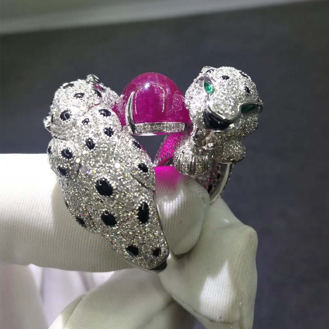 Cartier High Jewelry Panthère de Cartier Double Head Ring in 18K White Gold with Ruby, Diamonds, Emeralds, Onyx
