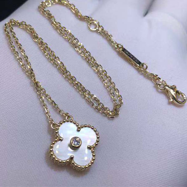VCA 18K Yellow Gold Vintage Alhambra Diamond White Mother of Pearl Pendant Necklace