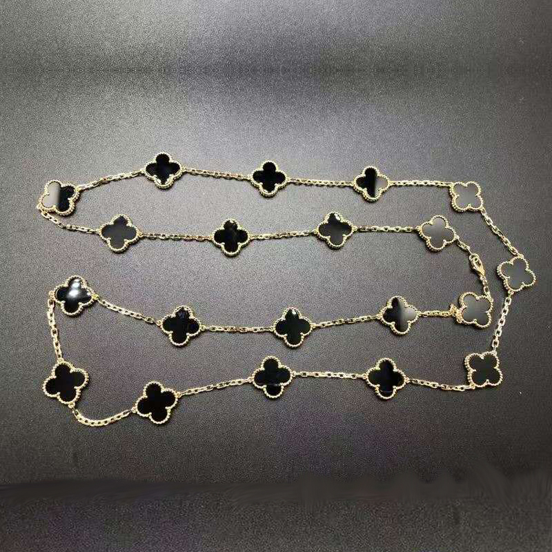 VCA Vintage Alhambra 18K Yellow Gold and Onyx 20 Motifs Long Necklace VCARA43100