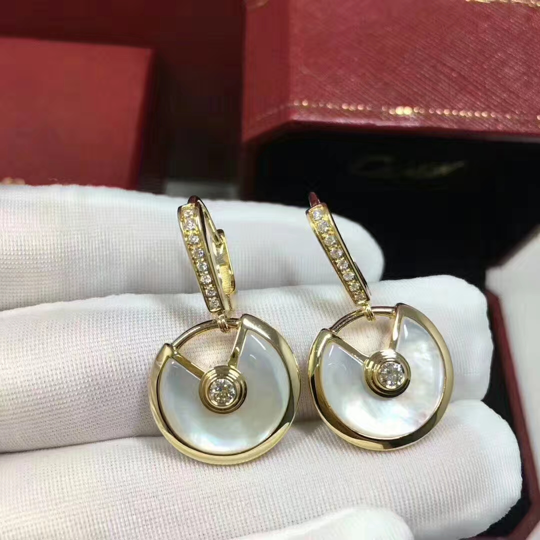 Amulette de Cartier 18K Yellow Gold Mother of Pearl and Diamonds Earrings